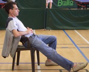 un arbitre avant la formation